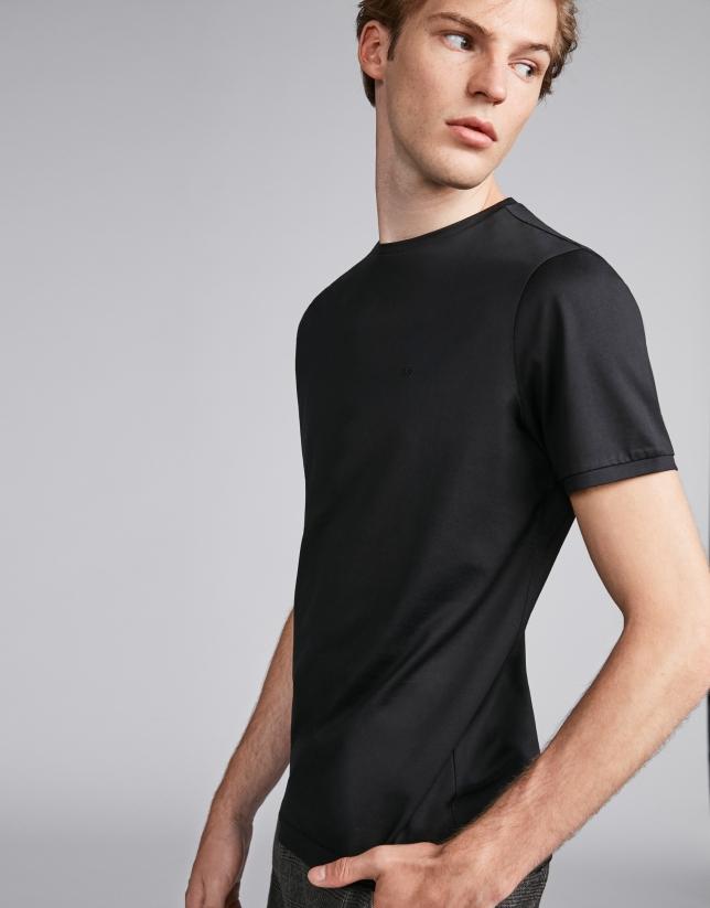 Basic black top