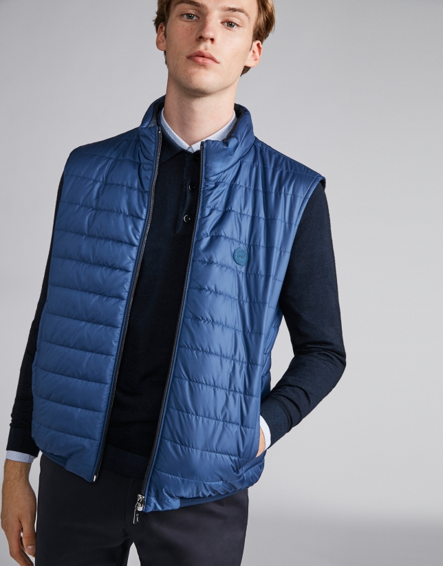 Checked/plain reversible sport vest