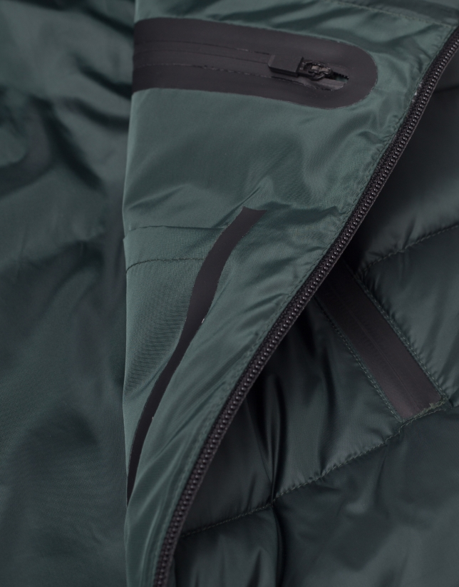 Khaki tech ski jacket with details on zippers
