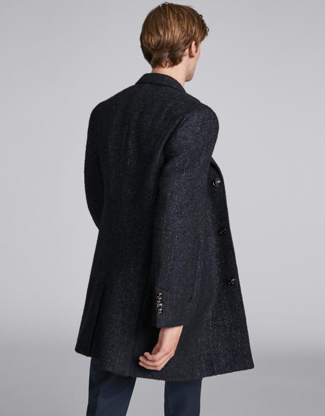 Manteau bleu trois boutons