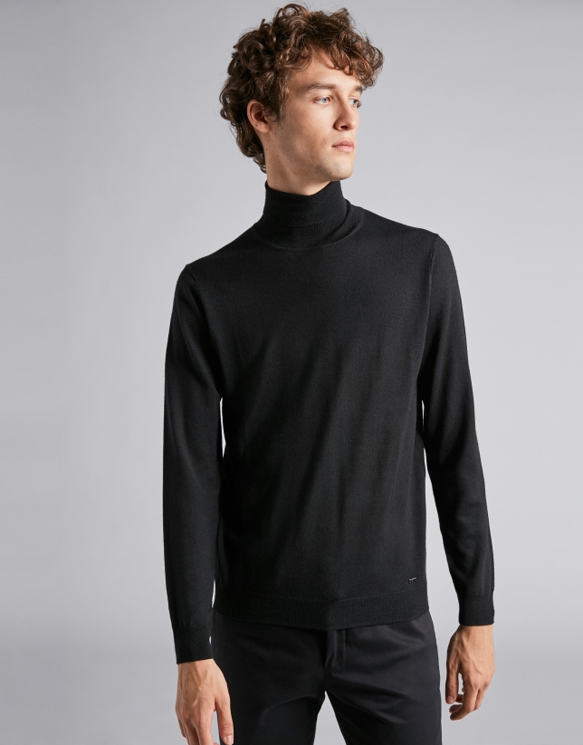 Pull col montant noire