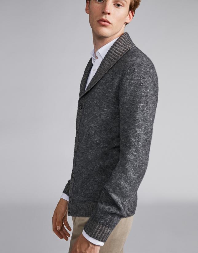 Chaqueta cuello chal en tonos grises