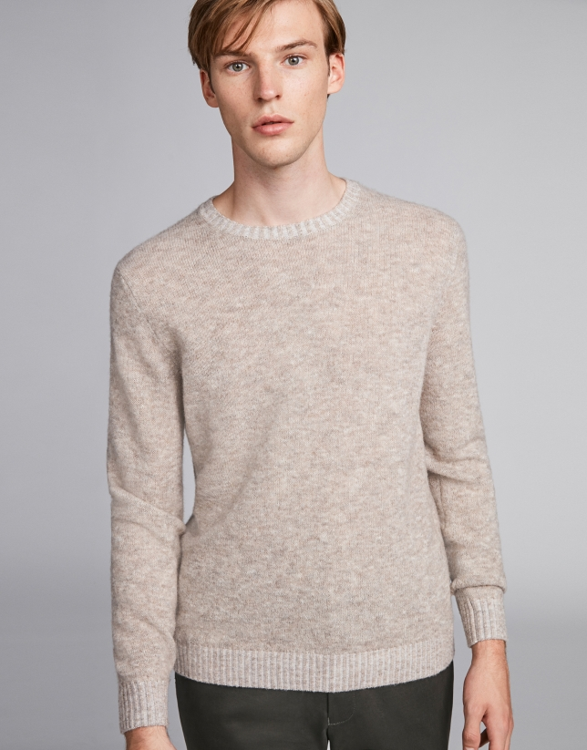 Mink-colored wool sweater with round neckline