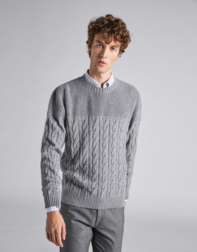 Jersey liso y ochos gris