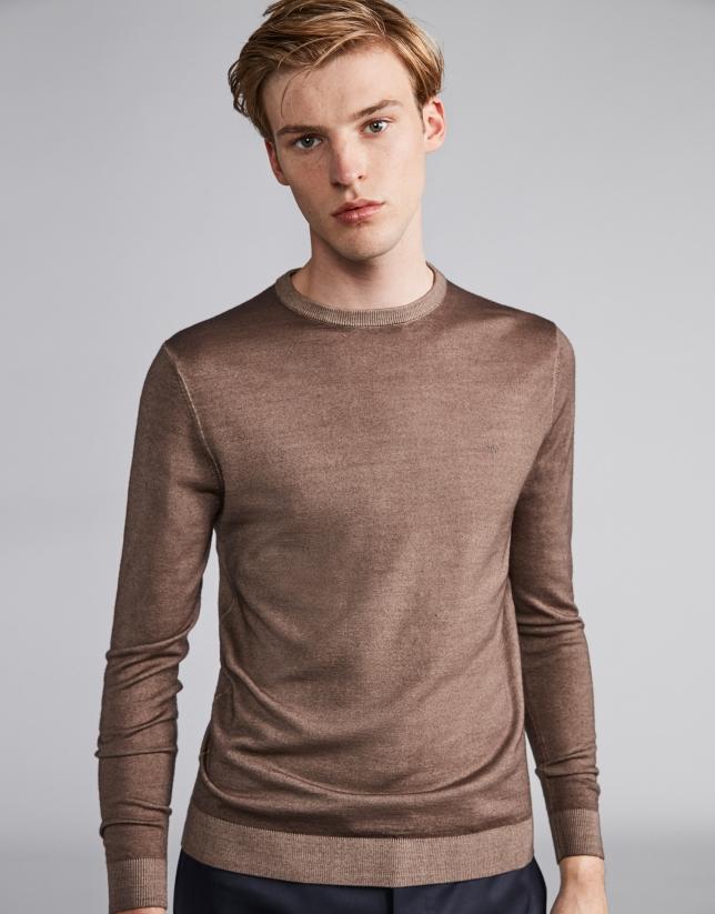 Pull en laine teinte couleur vison