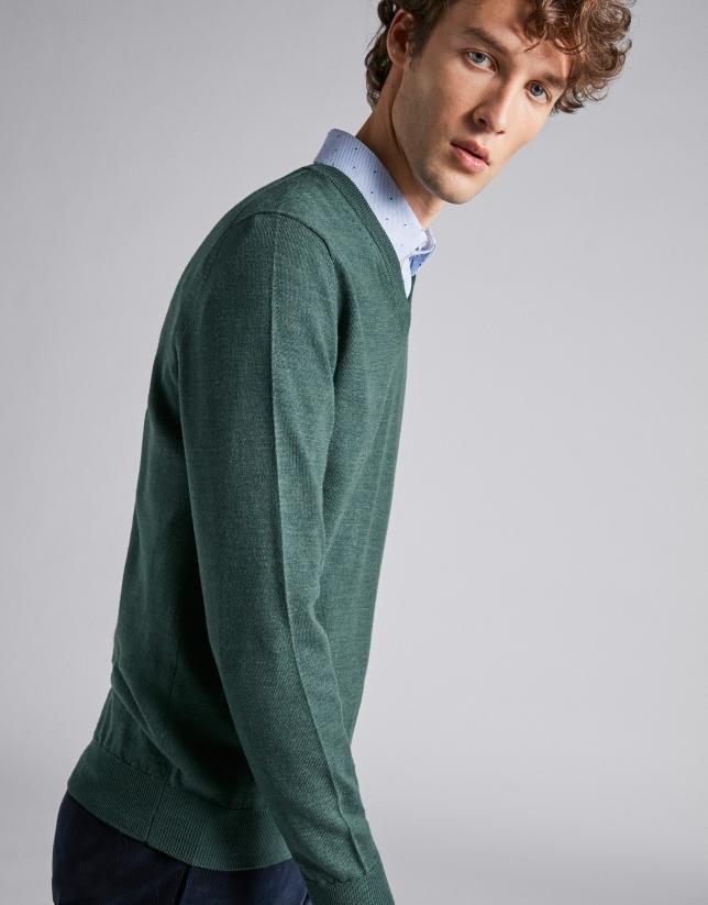 Green wool V-neck sweater