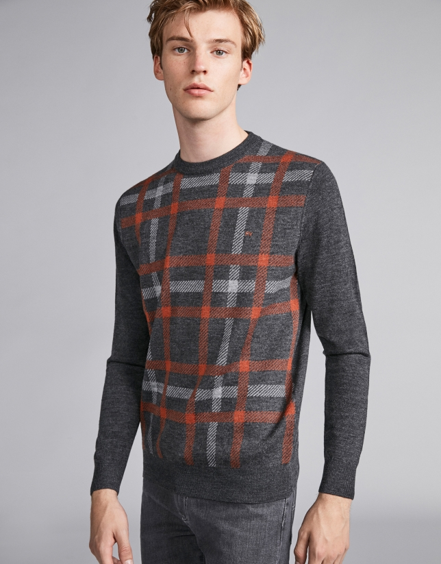 Burnt orange/gray checked sweater
