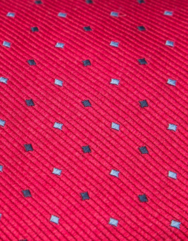 Corbata de seda roja y jacquard geométrico en tonos celeste/negro