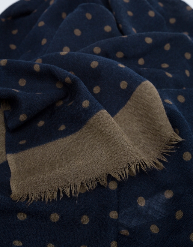 Foulard with mink-colored polka dots