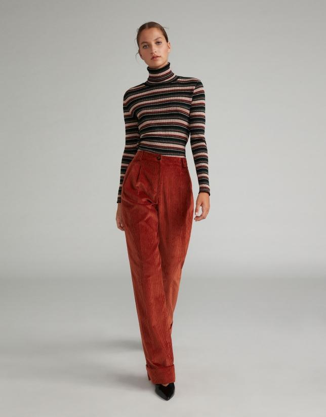 Pantalon droit en velours couleur rouille