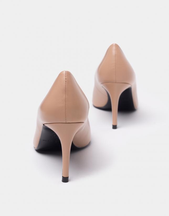 Zapato salón alto piel beige