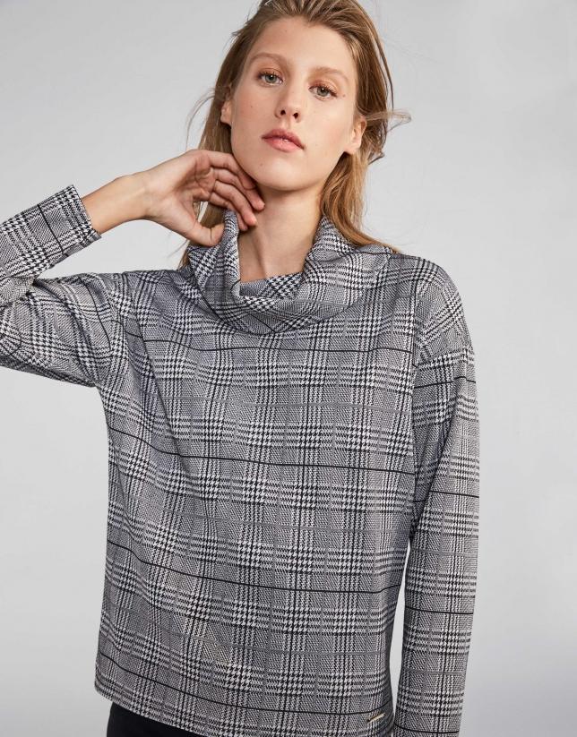 Camiseta punto gris con estampado cuadro gales dff78aeb9cb76