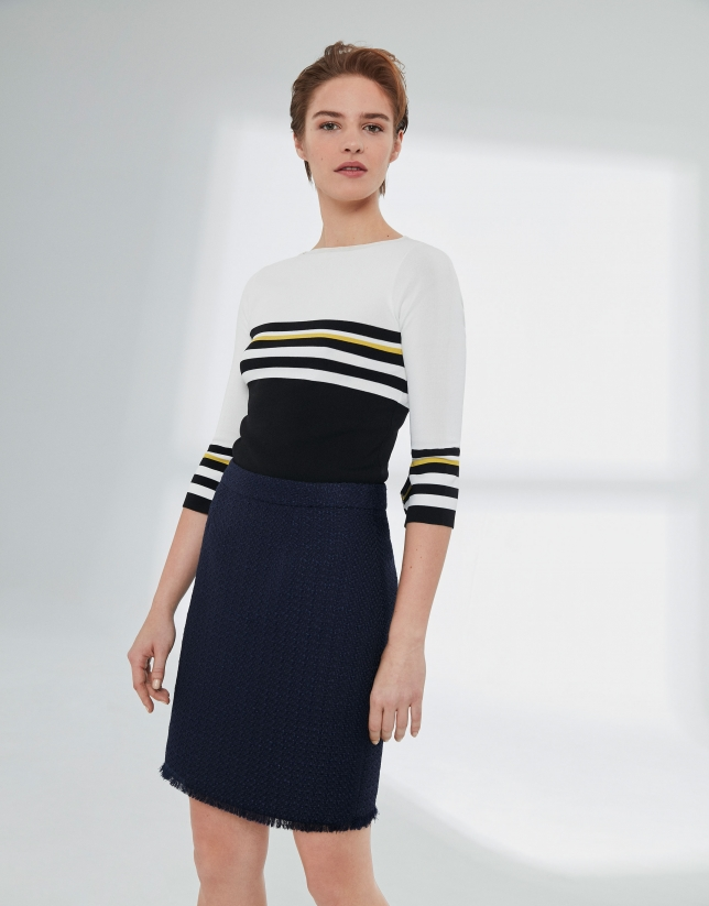 Short jacquard skirt with fringed hem