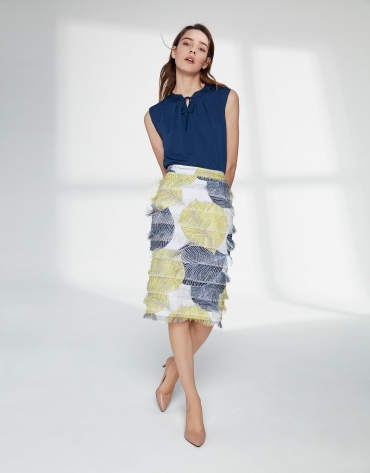Print pencil skirt with fringed hem