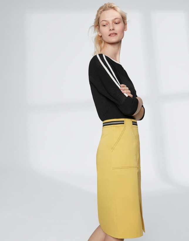 Yellow midi-skirt with gross grain at waist