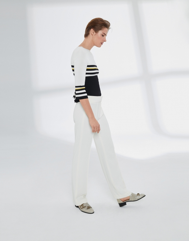 Beige straight pants without pockets