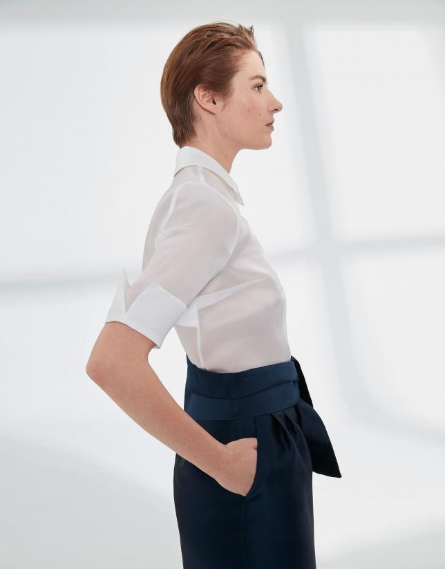 Camisa de seda blanca