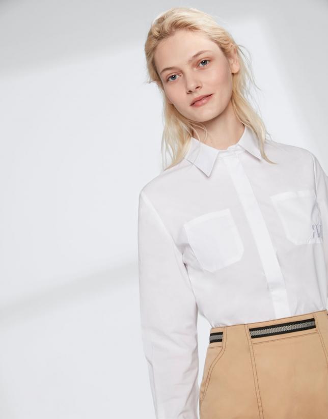 Chemise masculine blanche avec logo RV