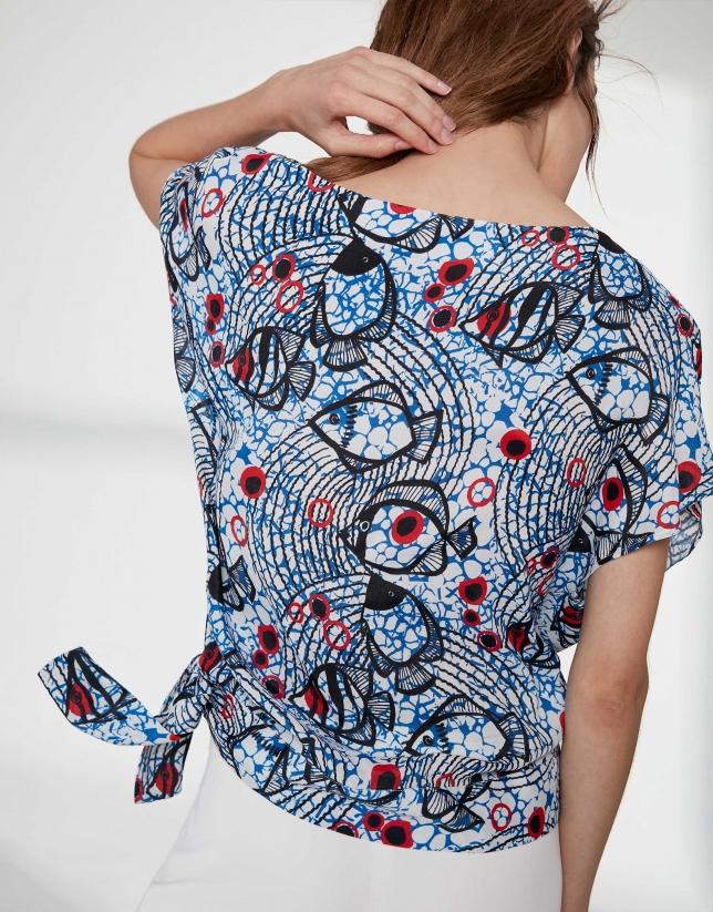 Ultramarine blue geometric print top