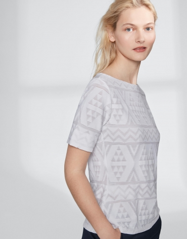White top with an embossed fabric