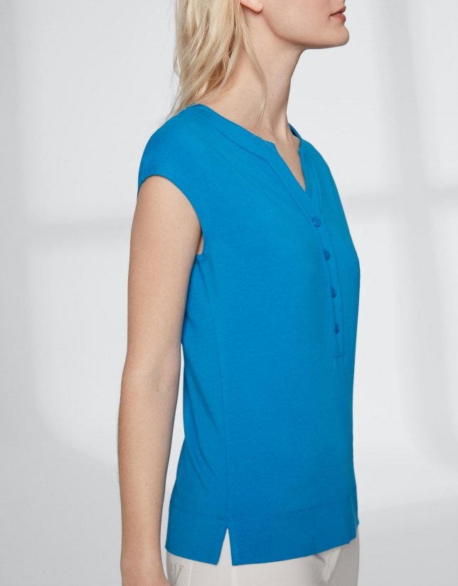 Ultramarine blue top with V-neck