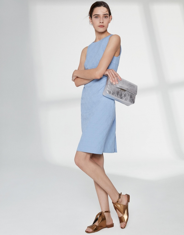 Ultramarine sleeveless midi dress with decoration in the back