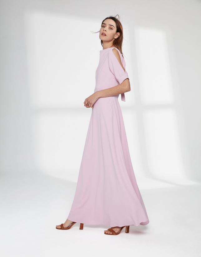 Vestido largo rosa cuarzo escote drapeado