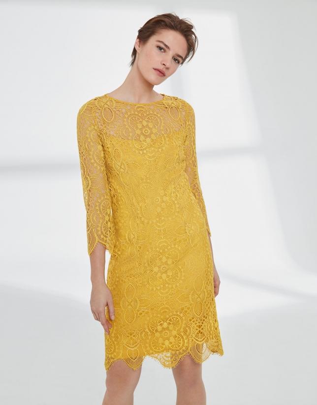 Vestido midi encaje amarillo