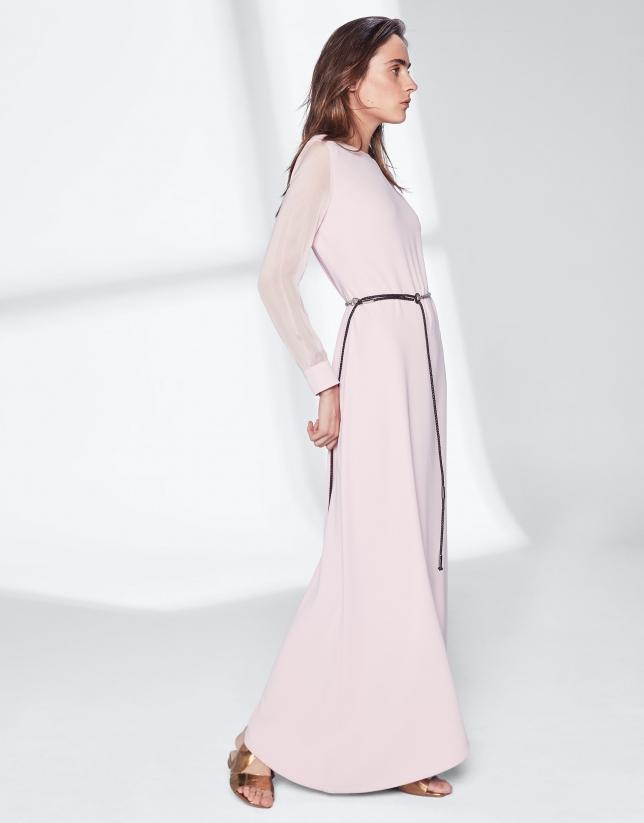 Robe asymétrique couleur rose quartz