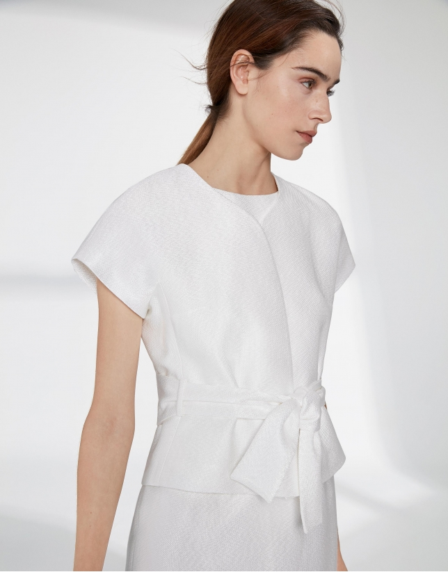 White jacquard short sleeve jacket