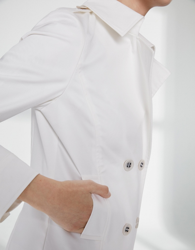 Veste à double patte de boutonnage couleur ivoire