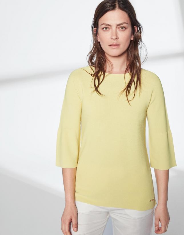 Jersey amarillo con volante