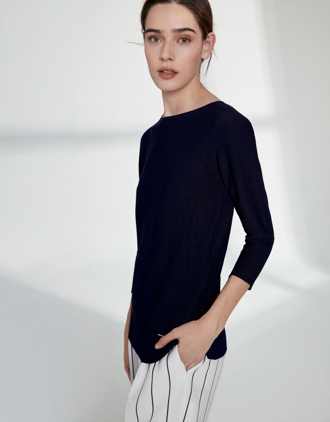 Navy blue sweater with round neckline