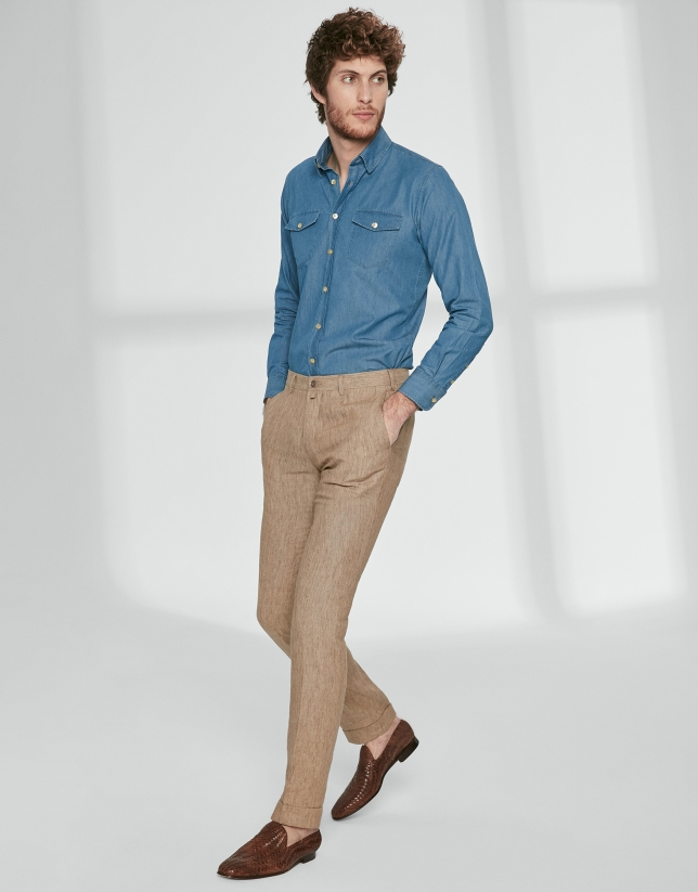 Brown linen chinos with dart