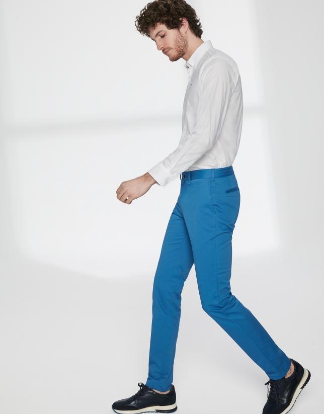Pantalón chino básico algodón azulón
