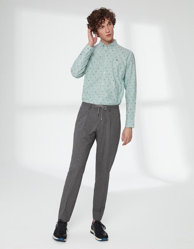 Pantalón cordones gris con raya