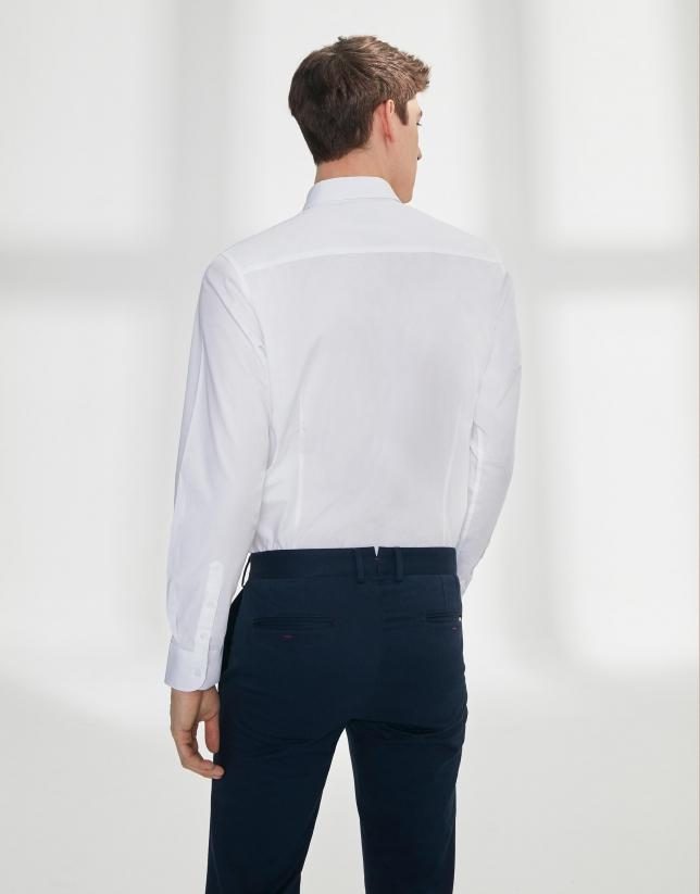 White poplin shirt with striped ribbon