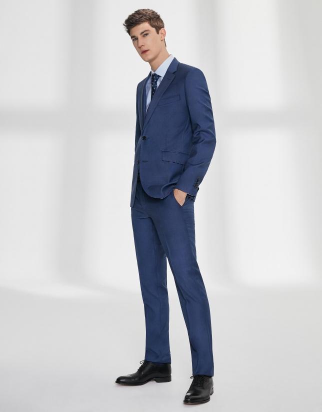 Costume coupe ajustée en laine vierge faux uni bleu