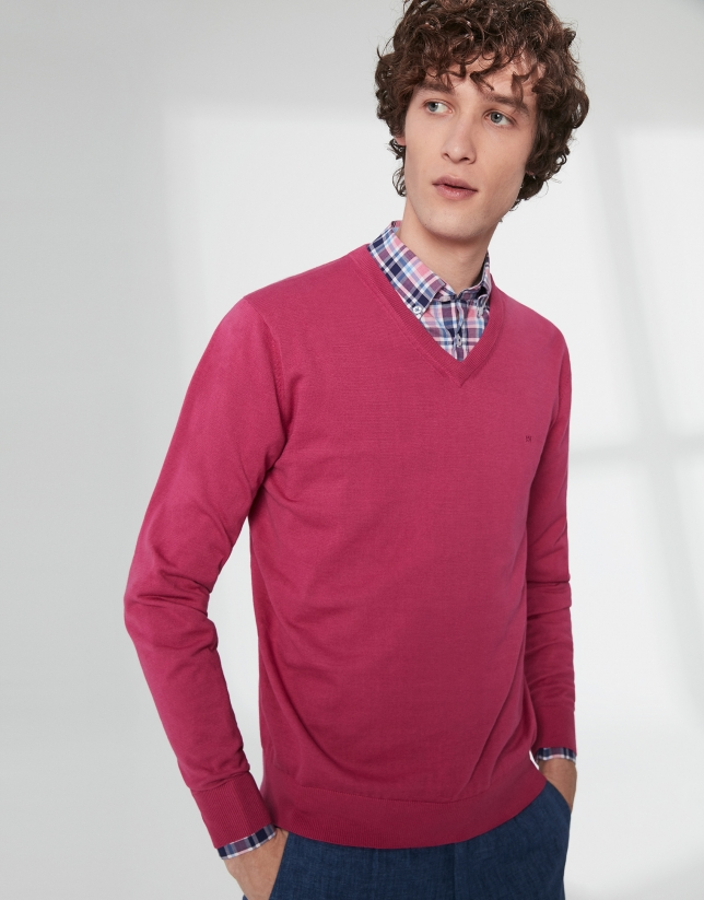Dark pink, V-neck sweater
