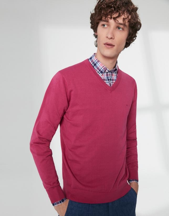 Pull à col V en coton rose noire