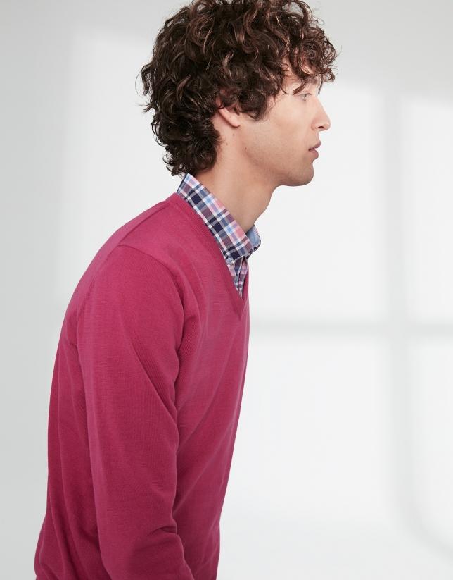 Dark pink, V-neck sweater