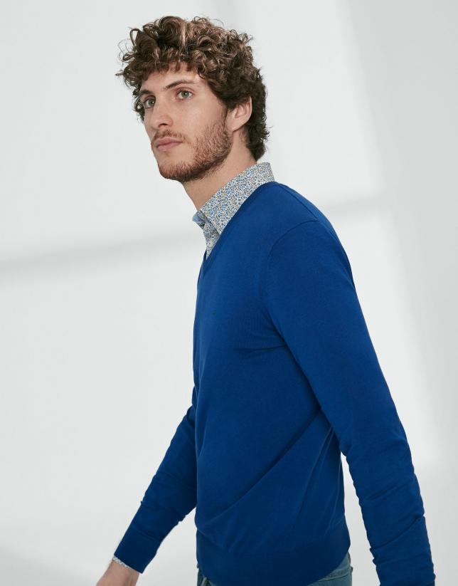 Jersey cuello pico algodón azulón