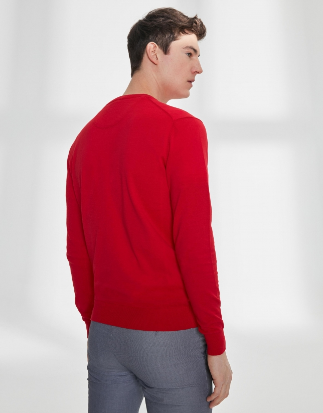 Red cotton, V-neck sweater