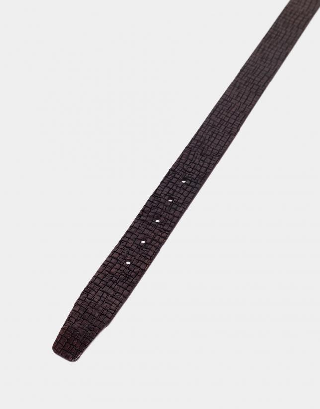 Cinturón grabado marrón