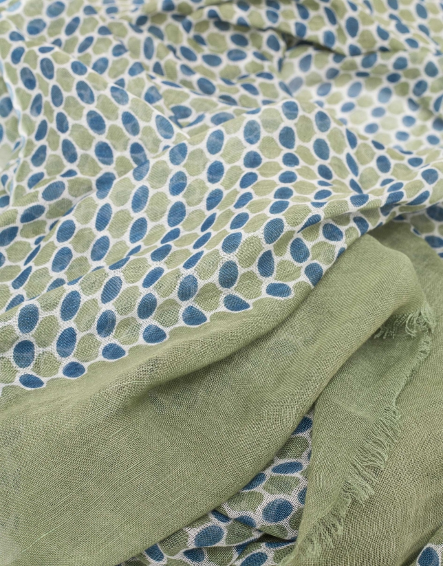 Scarf with blue and green geometric print