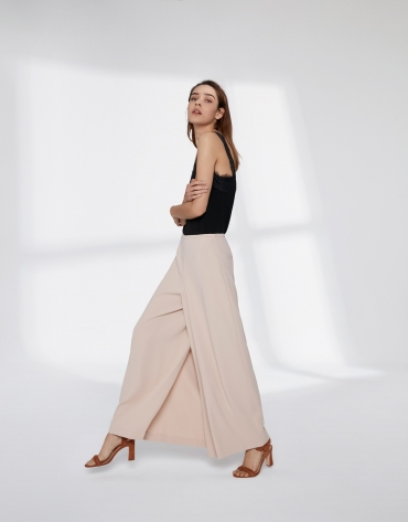 Sandy-coloredl culotte