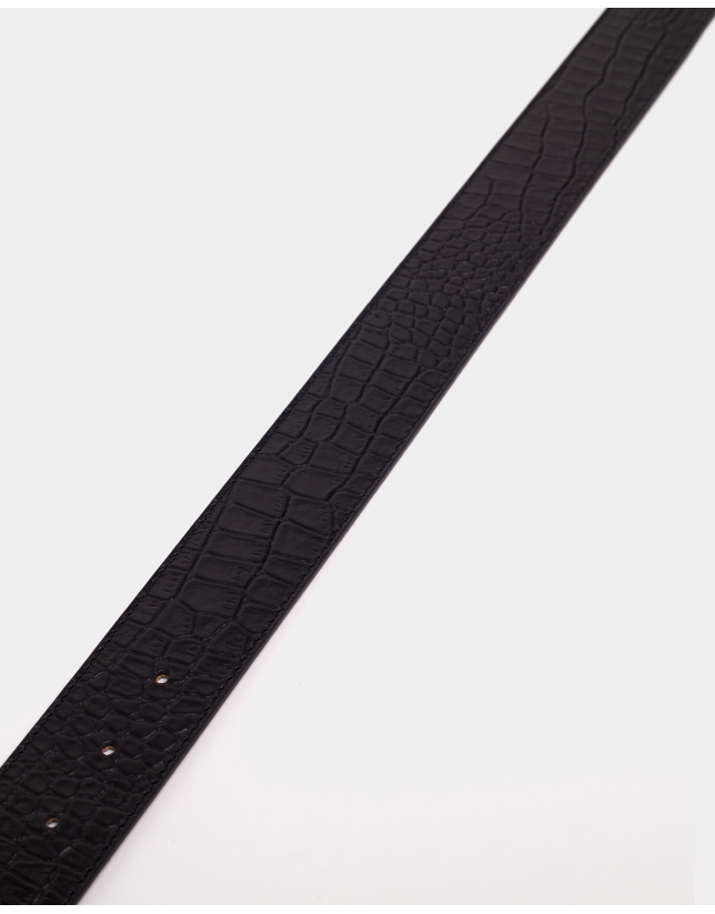 Black alligator-effect embossed leather belt