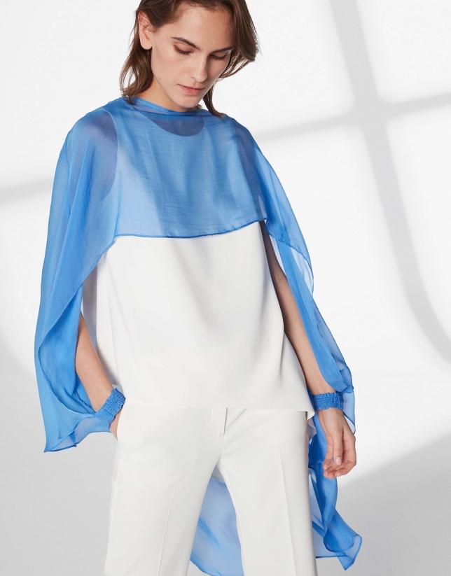 Poncho en soie bleu outremer