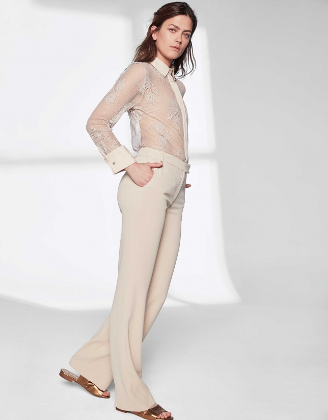 Sandy-colored pants suit