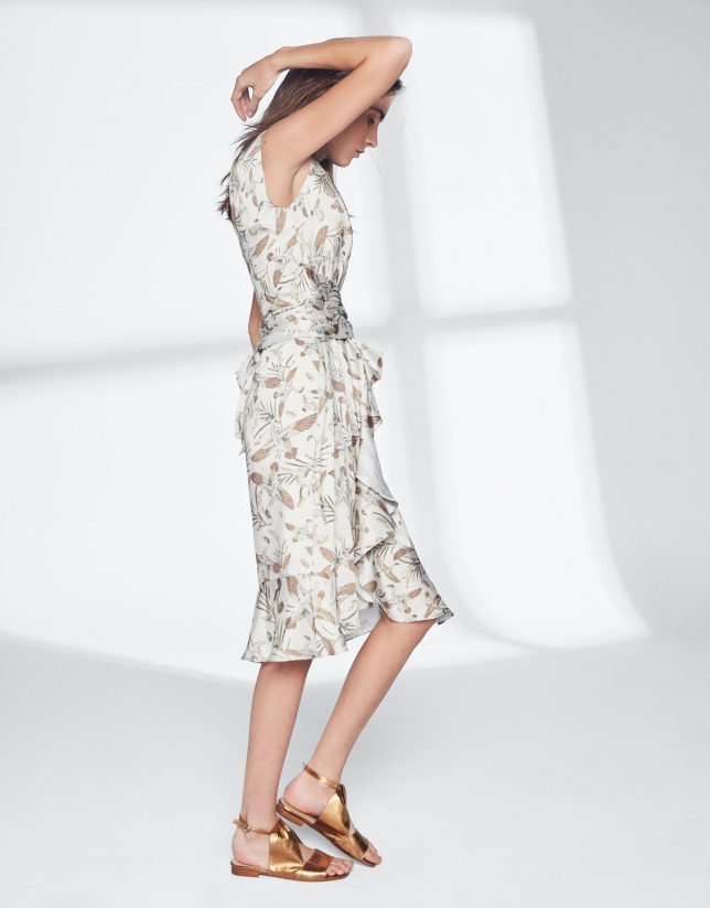Dress with geese print and flounce
